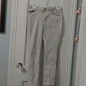 Size 6 off-white Cato Jeans